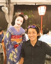 舞妓さんと 祇園